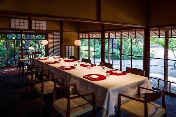 【30日前のご予約でお得に!】数寄屋造りの和館「映」にて、最高級素材のお料理を。<1泊2食付>