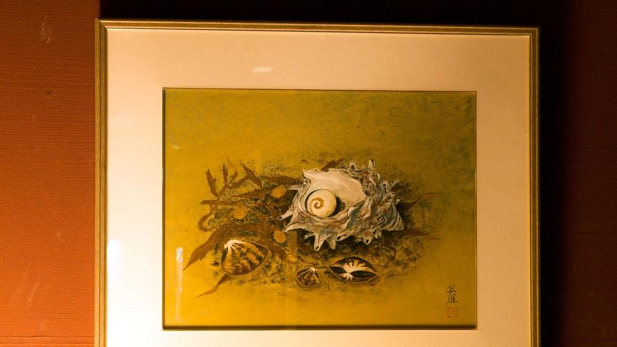 館内に飾ってある絵画