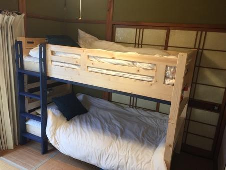 古民家ゲストハウス二段ベッドルーム個室