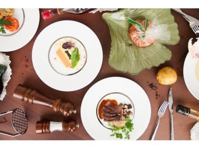 19階レストラン オリエンタルビーチ コースディナーイメージ