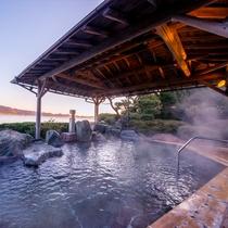 露天風呂「滝見の湯」~早朝