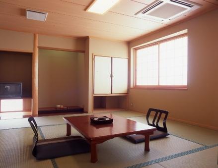 和室6畳〜10畳(トイレ洗面付)【禁煙】