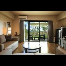 スーペリアテラス ガーデンビュー テーブル・ブランコが設置されたテラススペースはリゾート感満載!