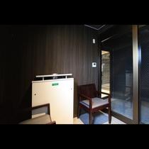 喫煙コーナー ホテル館内は客室も禁煙となっております。喫煙はこちらでお願いいたします。