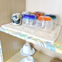 *客室一例/2~4名様分のコップ、食器をご用意しております。