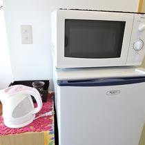 *客室一例/各お部屋に冷蔵庫、電子レンジ、電気ケトル完備。