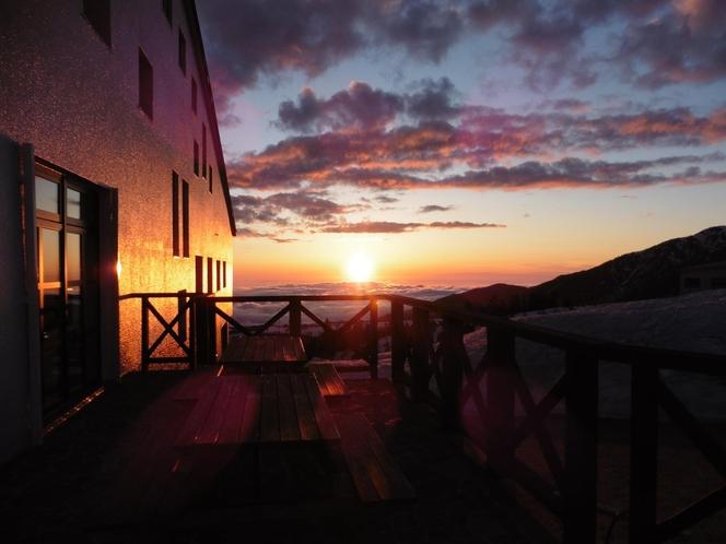 立山荘と夕景その2