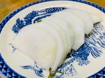 【手作り夕食一例】≪ペンション手作り大根たくあん≫季節によって提供に変動がございます。