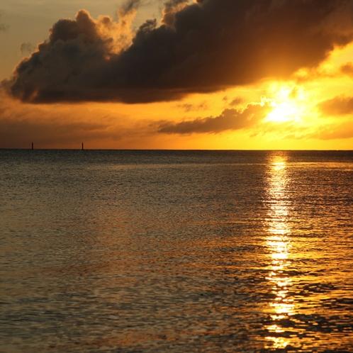 伊是名島の夕日