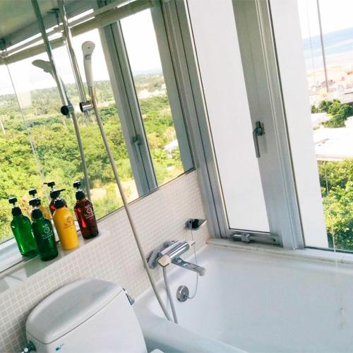 *部屋一例 バスルーム/シャンプー・リンス・ボディーソープをご用意しております。