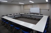 ~24名利用可能な会議室 多用途のお使い下さいませ