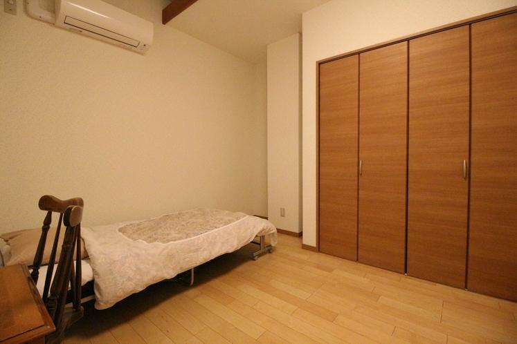 Cユニット内の客室 C-4 シングルルーム 9.48㎡ SB×1台