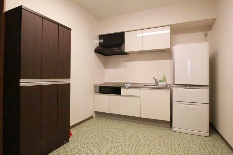 ユニット内 キッチンスペース 冷蔵庫もご利用できます。各ユニットにより写真とは異なります。