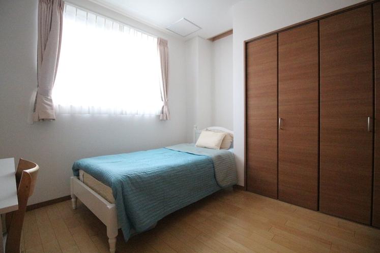 Dユニット内の客室 D-3 シングルルーム 10.19㎡ SB×1台