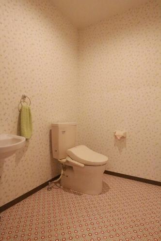 ユニット内 トイレ(車椅子対応もあります。)各ユニットにより写真とは異なります。