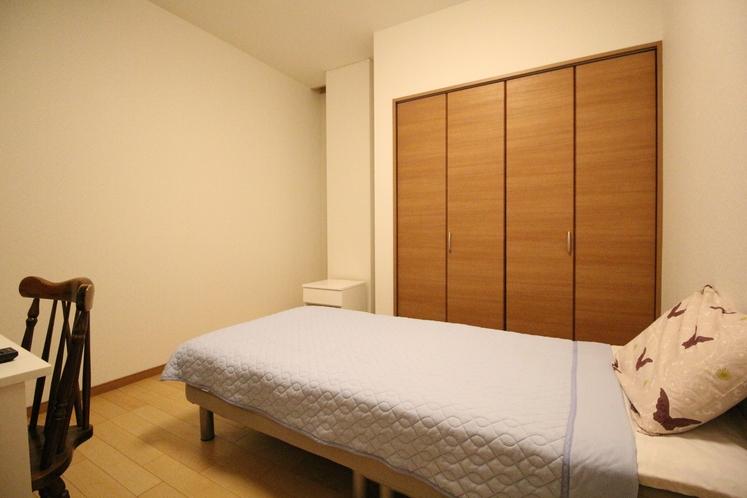 Dユニット内の客室 D-5 シングルルーム 9.84㎡ SB×1台