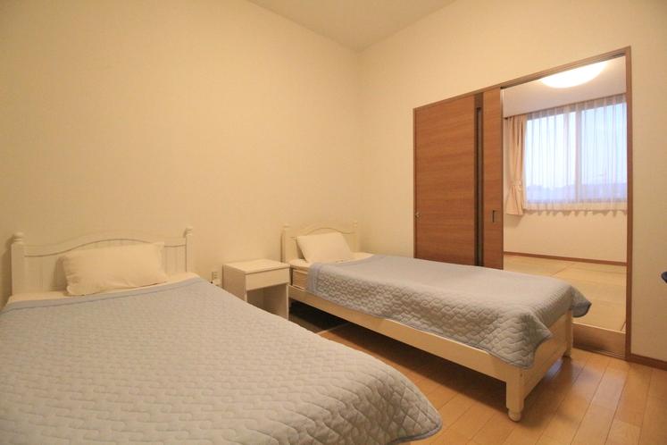 フォースルーム セパレート 洋室+畳敷き