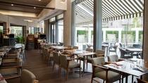 【レストラン】カジュアルで心地よいフレンチレストラン(Brasserie Gent)を併設