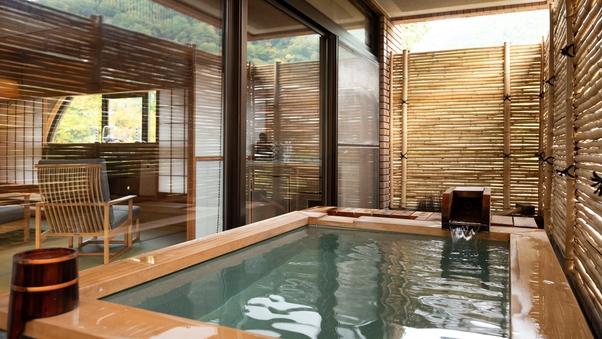【禁煙】露天風呂付和風ベッドルーム(62平米)