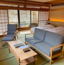 露天風呂付和風ベッドルーム(62平米)