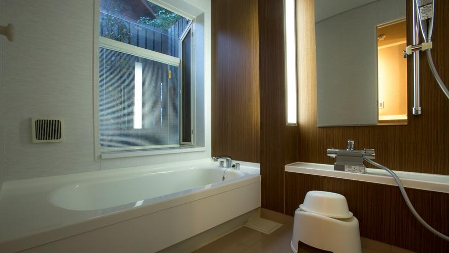 里山ヒュッテ(浴室一例)