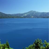 【夏】 新緑の田沢湖