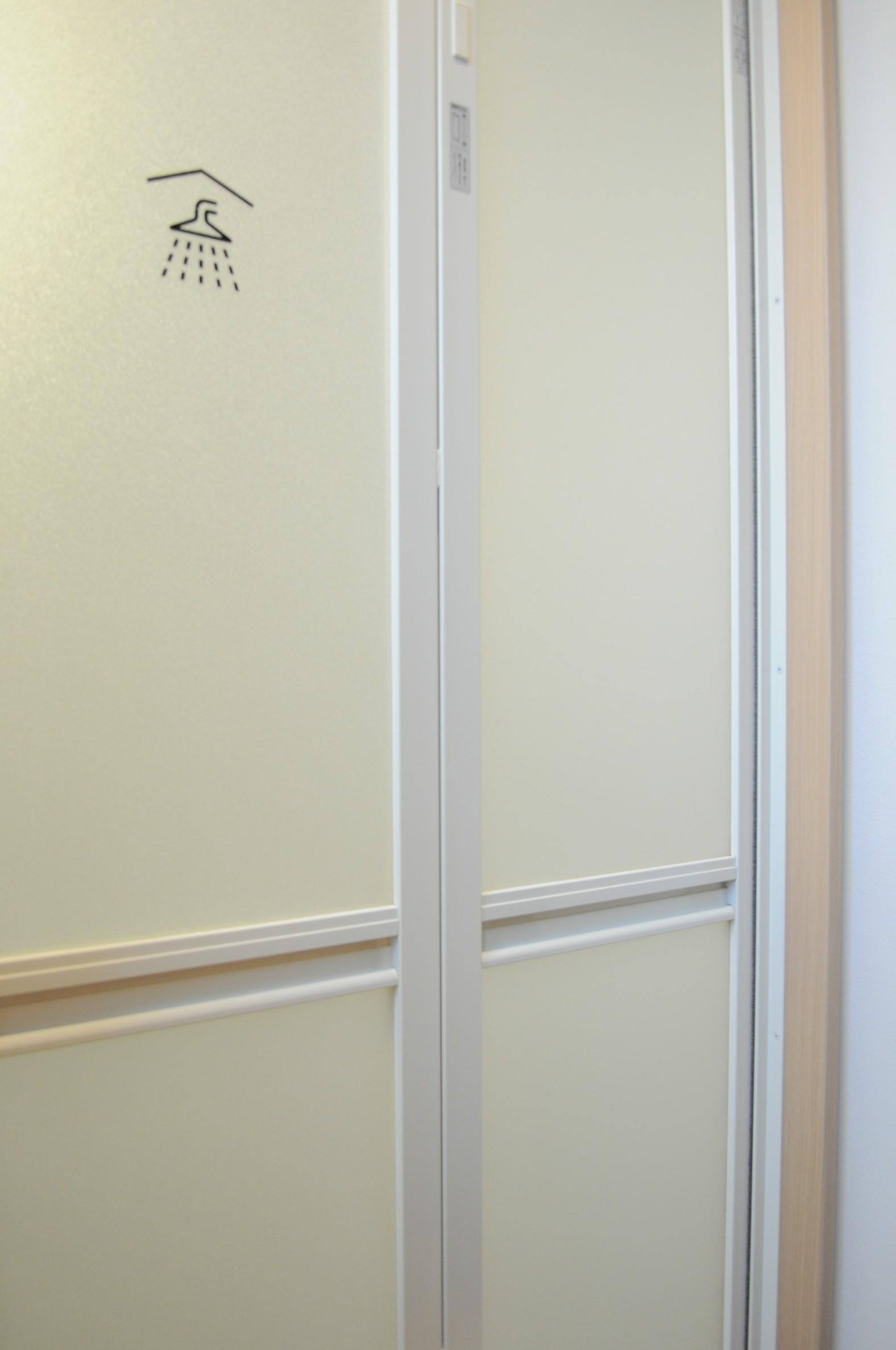 2階シャワールーム(3)