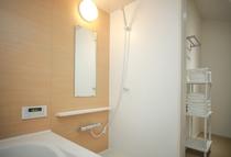 2階:浴室、脱衣所