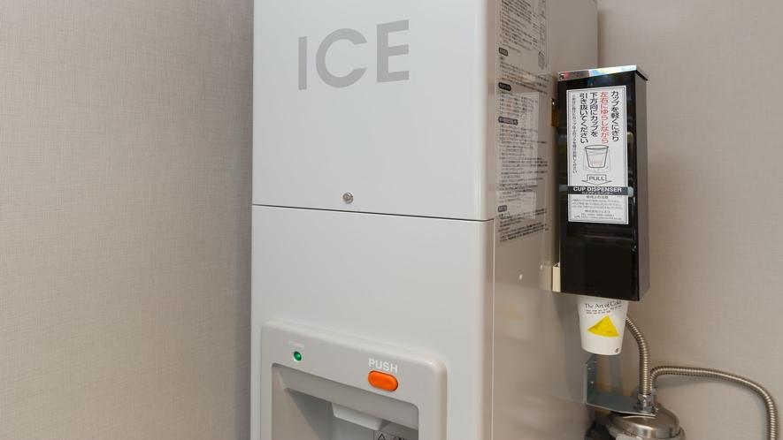 2階製氷機.