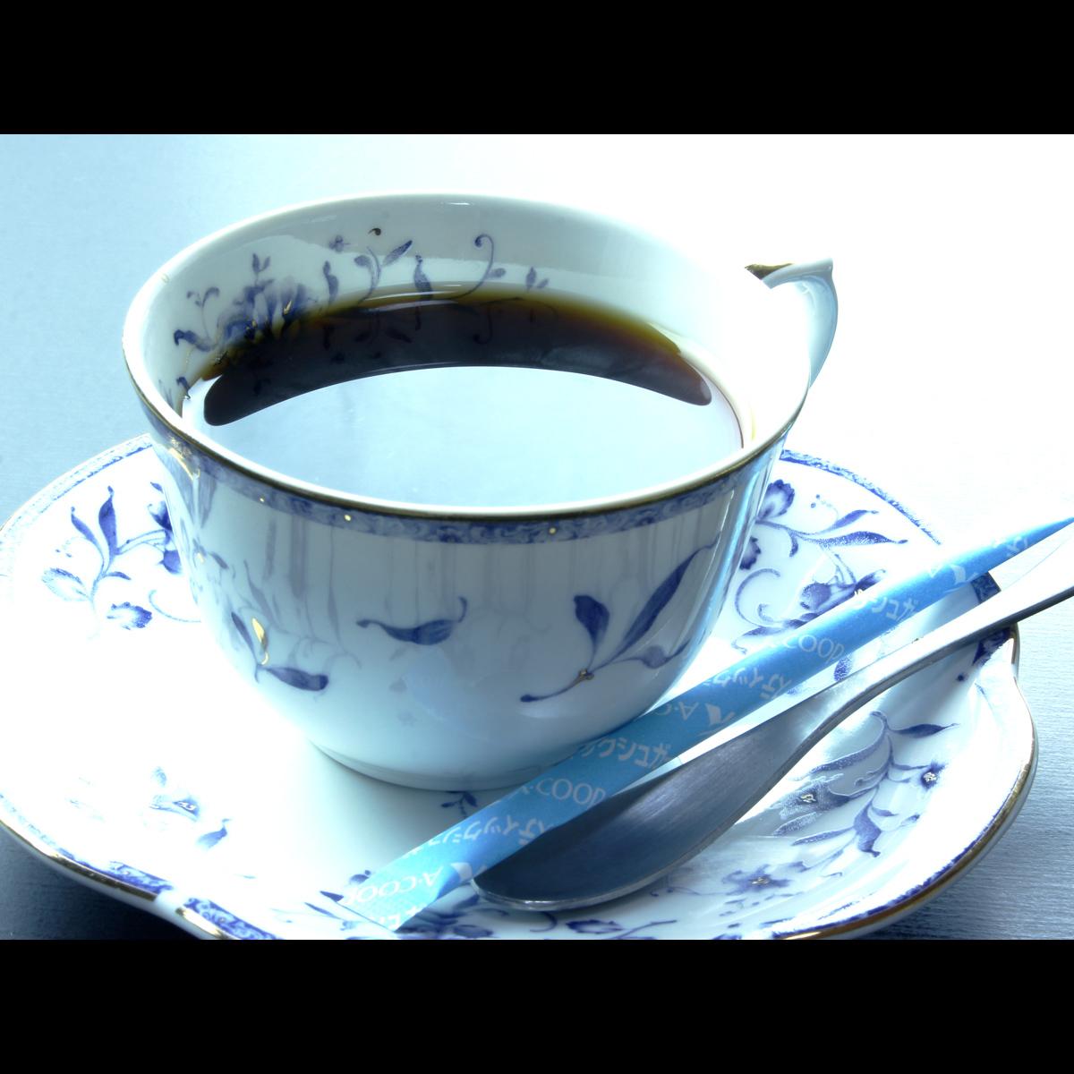 御飯の後にごゆっくりと モーニングコーヒー-r