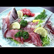 新鮮な旬の魚たっぷり味わう 姿盛り