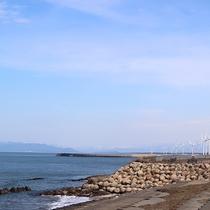 *[紫雲寺記念公園/しおさいの道]目の前は日本海♪