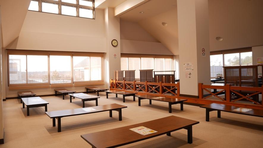*[大広間]広さ70畳(カーペット敷き)の合宿プラン専用の客室です