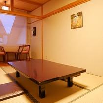 *[和室7.5畳]和室7.5畳の4名様まで宿泊可能なシンプルな客室です