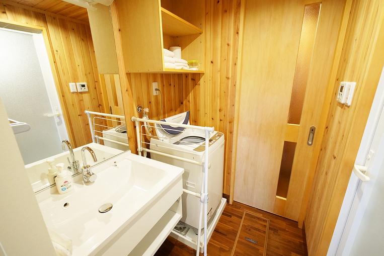 【客室】洗面台・洗濯機