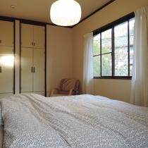【お部屋】明るく、自宅のように安らげる空間になっています。