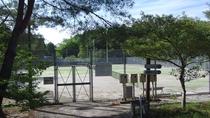 *【敷地内施設】テニスコート