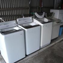 *【洗濯機】無料でご利用いただけます。物干し場もあり、長期滞在にも対応!