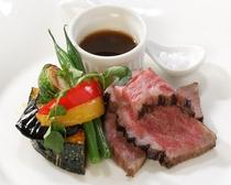 【個室でお食事プレミアム】選べるメインディッシュ お肉料理イメージ