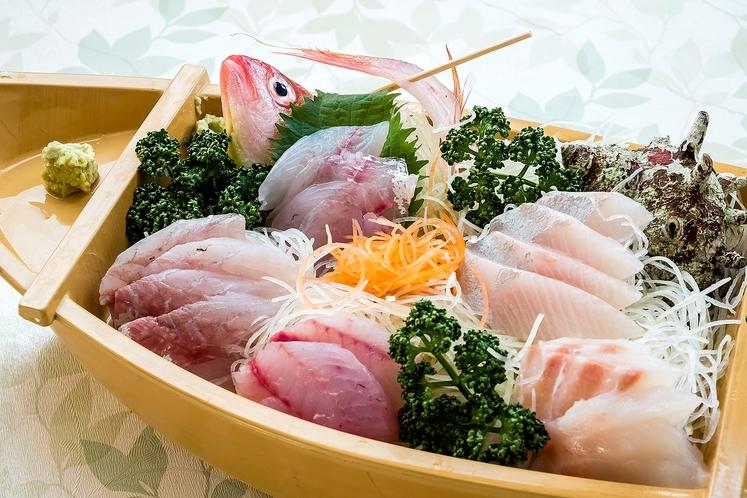 (例)地魚の舟盛(本わさび付き)