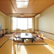 【和室8畳】海に面した開放感のあるお部屋です。