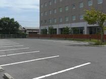 広い駐車スペース(無料)