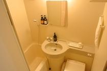バスルーム:全室シャワートイレ完備