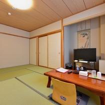 *和室10畳(客室一例)/グループやご家族でのご宿泊に◎団欒のひと時をお過ごし下さい。