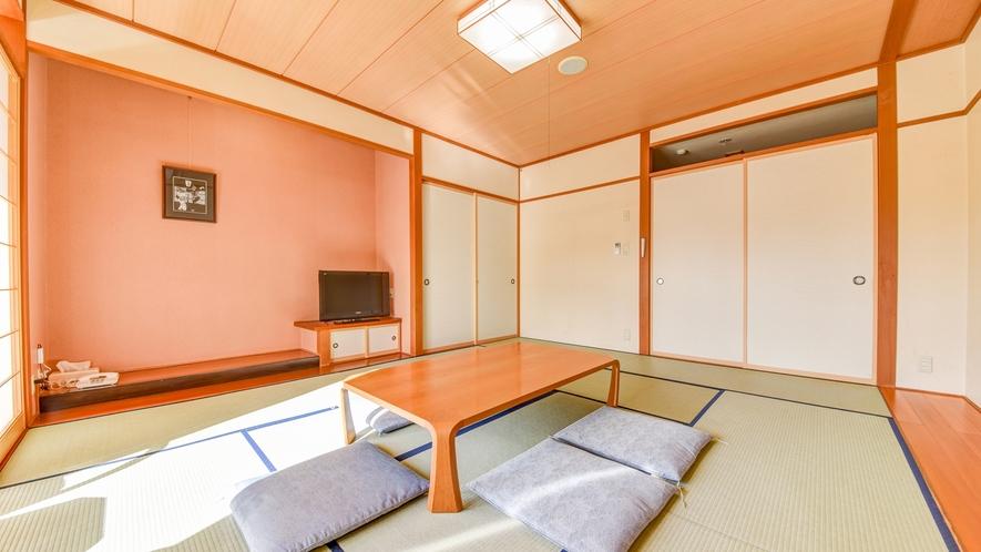 *【和室10畳】畳のお部屋でのんびりおくつろぎ。<加湿機能付き空気清浄器完備>