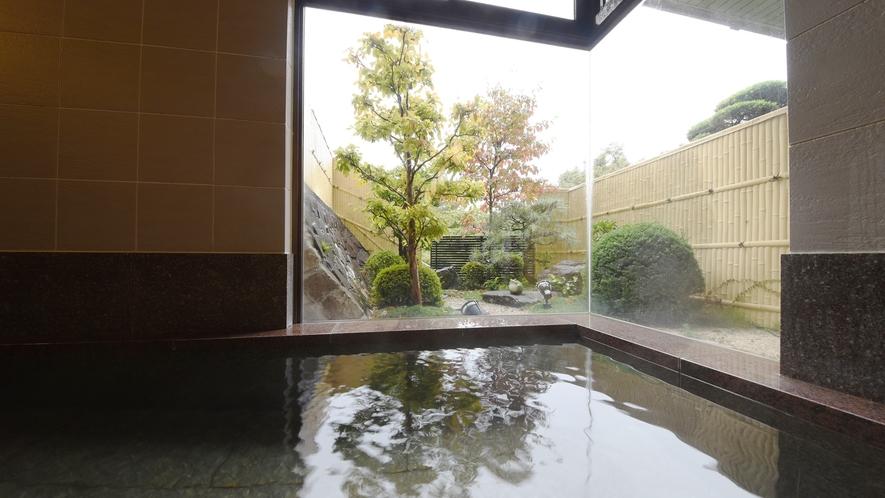 *【温泉大浴場】小ぢんまりとした宿なので、お部屋から大浴場まですぐ近くな点も実は好評です♪