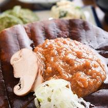 *【朝食】飛騨といればこれ、「名物ほう葉味噌」。ご飯にとっても合う味が人気♪
