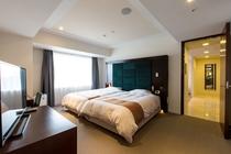 デラックスファミリールーム  寝室 ②