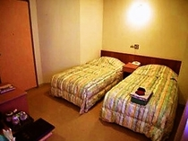 エコノミーツイン リーズナブルに泊まるならこの部屋!ビジネスタイプのちょっと手狭なタイプ