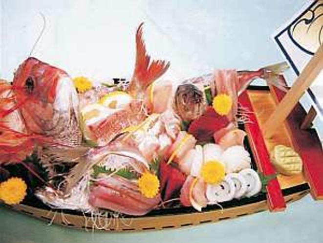 さしみ舟盛一例 別注文でお受けします。(5000円〜20000円)(一例)